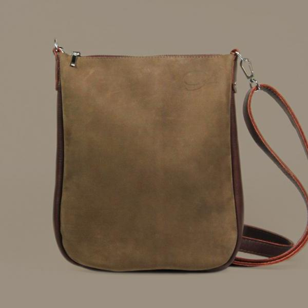 5d4abcb474fa ... Brown Crossbody Bag with Zipper  quot Joey Brownie quot